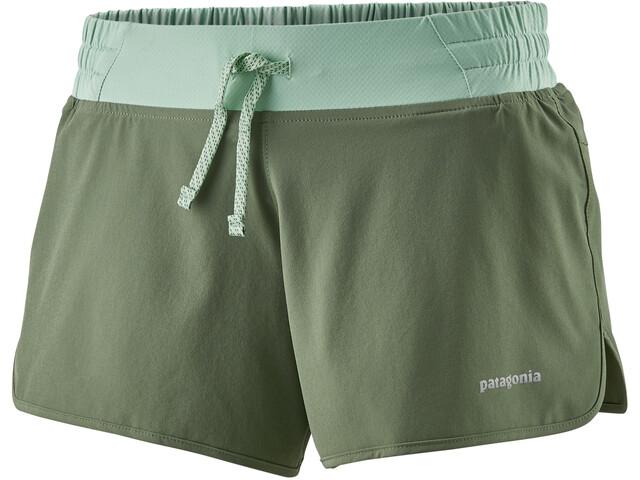 """Patagonia Nine Trails 4 """"shorts Damer, oliven/turkis"""